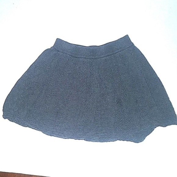 Old Navy Other - Old Navy Skirt Knit Triangles Grey Pattern Juniors